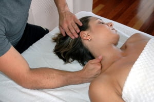 массаж при остеохондрозе шейного отдела