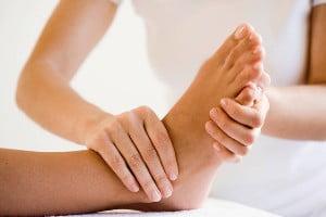 Массаж ноги от колена до бедра