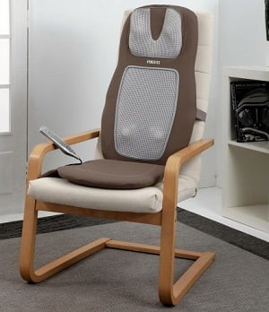 массажная накидка на домашнее кресло