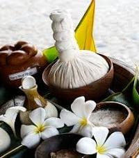 тайский массаж травяными мешочками
