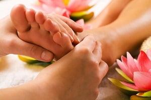 как делать массаж при отеках ног самостоятельно