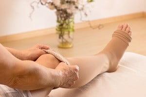 массаж ног при варикозе видео