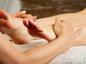 отёчность ног причины и лечение