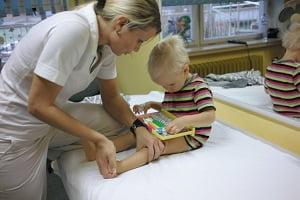 массаж при дцп у детей видео обучение